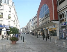 location-orleans-centre-commerce-4005