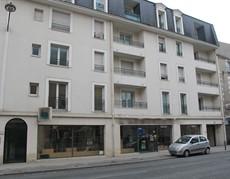 location-commerce-orleans-centre-4390
