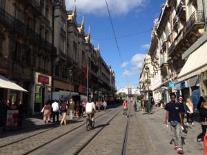 Local commercial disponible rue de la République Orléans - Arthur Loyd Orleans